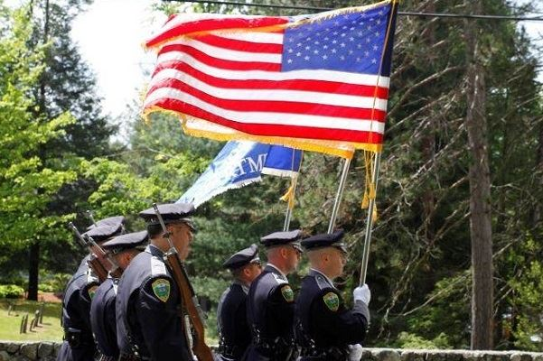 wpd color guard with american flag